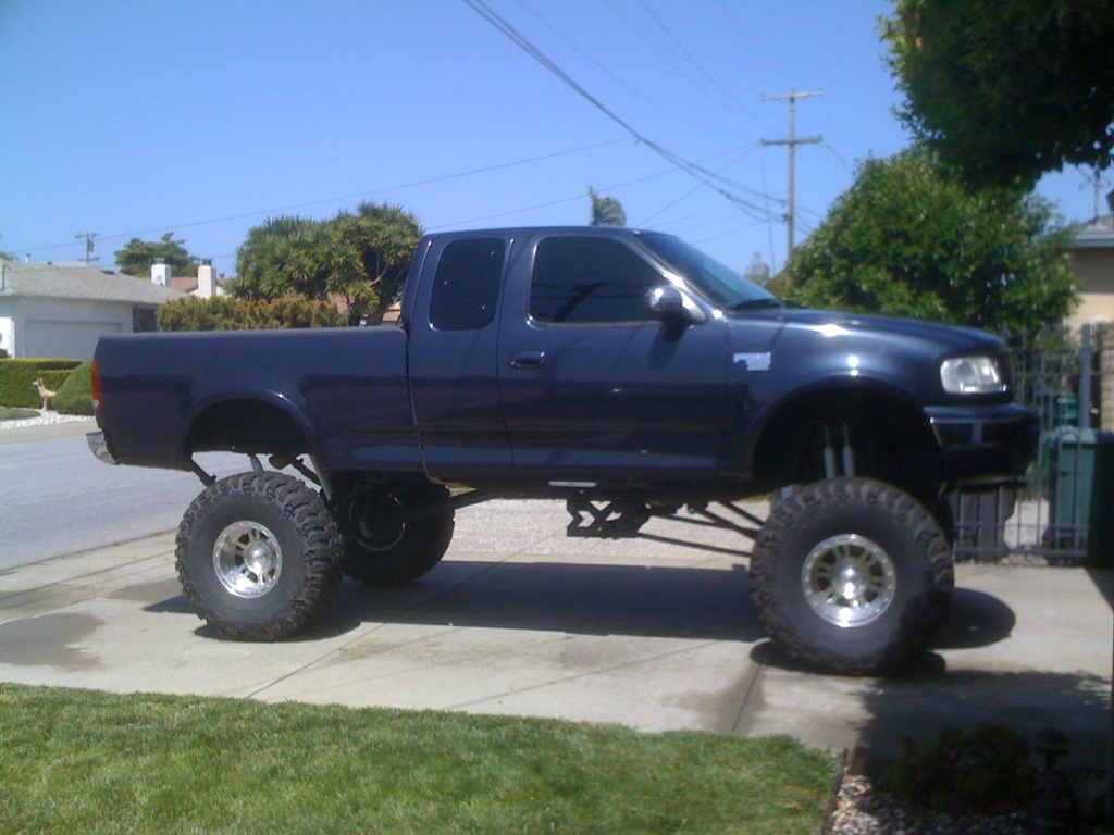 Whiplash Suspensions 2004 Toyota Truck Lifted